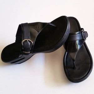Cole Haan Nike Air Maddy Tant Thong Wedge Sandal